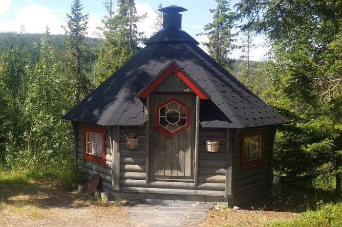 Foto av grillhytte ved Nøsterlia camping