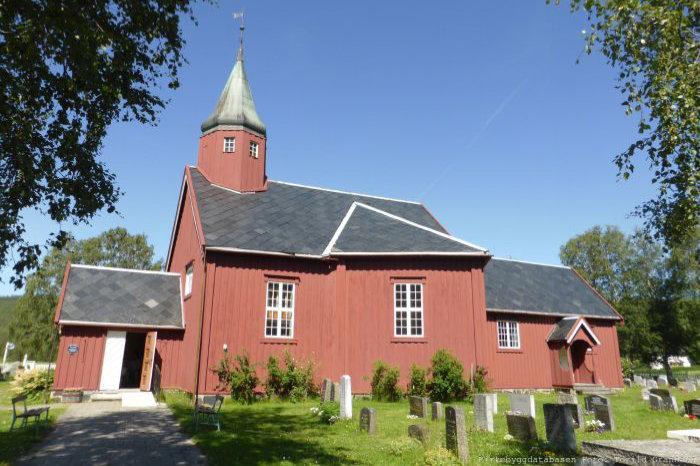 Foto av Tydal kirke. Ved klikk forflyttes du nederst på siden til Kirker i Tydal.